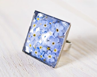 Real forget-me-nots resin ring
