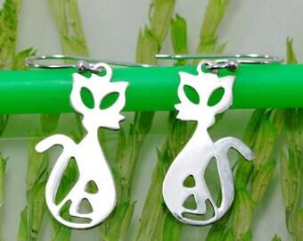 Cat earrings 925 sterling silver  --  4612