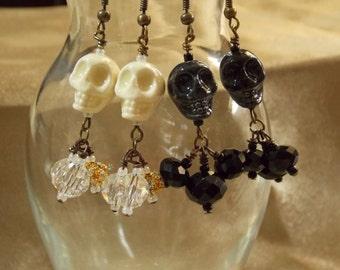 Skull earrings Pair of black and white ceramic skull earrings  E15