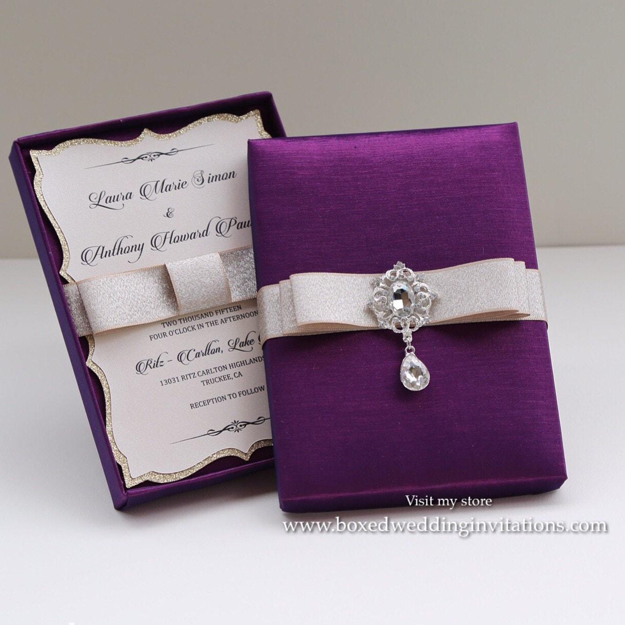 Wedding Invitation Boxes: Couture Wedding Invitation Box