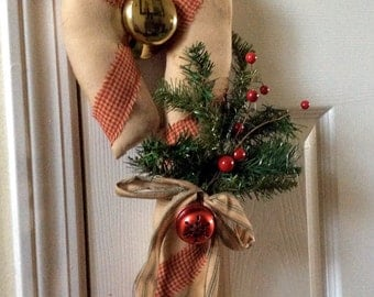 Primitive candy cane door greeter/wall hang