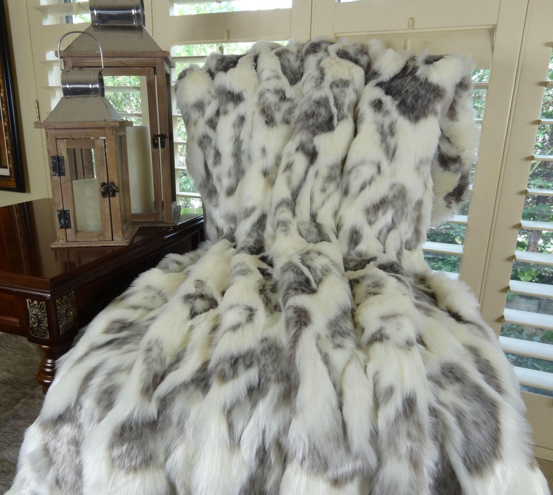 Ivory Faux Fur Throw Blanket Amp Bedspread Rabbit Faux Fur
