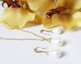 pearl necklace and earring set, pearl jewelry set, pearl jewelry, wedding jewelry, bridal jewelry, pearl bridesmaid jewelry sets
