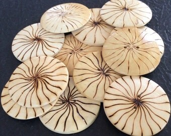 12 round wood buttons 25mm for crafts and accessories