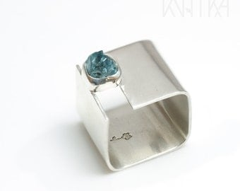 Square ring, Sterling silver wide band ring, Blue zircon ring, RAW rough gemstone ring