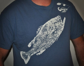 Largemouth Bass Fish Print T-Shirt