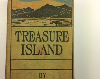 "Treasure Island by Robert Louis Stevenson, Grosset and Dunlap, 7.5x5x1.5"" #698"