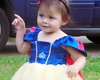 Snow White Themed Party Dress