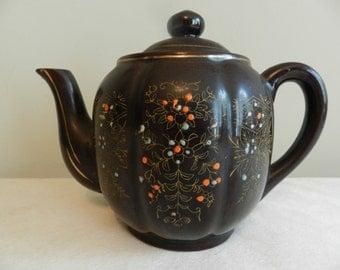 1950s Hand-Painted Teapot (Japan)