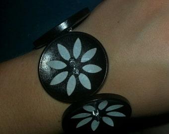 Jumbo Button Bracelet