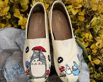 My Neighbor Totoro Custom Hand Painted TOMS Shoes *Free Shipping in the US* | Studio Ghibli | Soot Sprites
