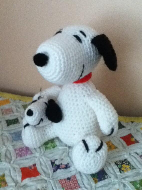 Amigurumi Patterns Snoopy : Crochet Amigurumi Snoopy Doll and Snoopy Keychain Set