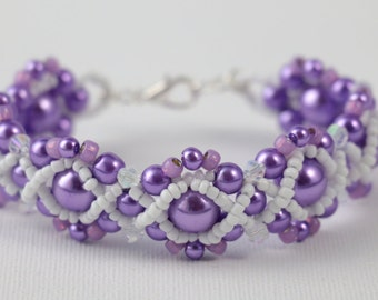 Deep Lilac Glass Pearl Beaded Bracelet