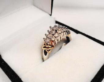 Diamond Cluster 14 kt gold ring