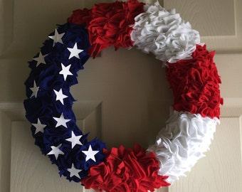 "American Flag Felt Wreath 14"""