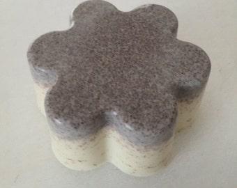 Gardeners Soap, Apricot Scrub Bar, Exfolliant
