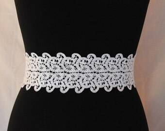White lace bridal belt