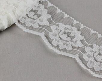 5 Metres x Floral Nylon Lace Trim 40mm [Trim Ref L9476]