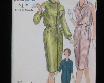1961 Vogue 5240 Dress Pattern Misses and Junior Size 13
