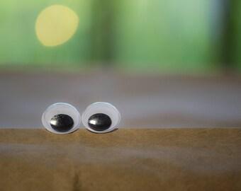Googly Eye Halloween Earrings