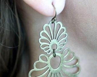 Vintage 80s Earrings Nancy & Rise NR Vintage Earrings Chandelier Drop Dangle Earring Goldtone Brass Womens Jewelry Hippie Bohemian Boho Avon