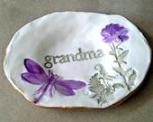 Ceramic Trinket Ring Bowl  edged in gold Grandma  Mothers day