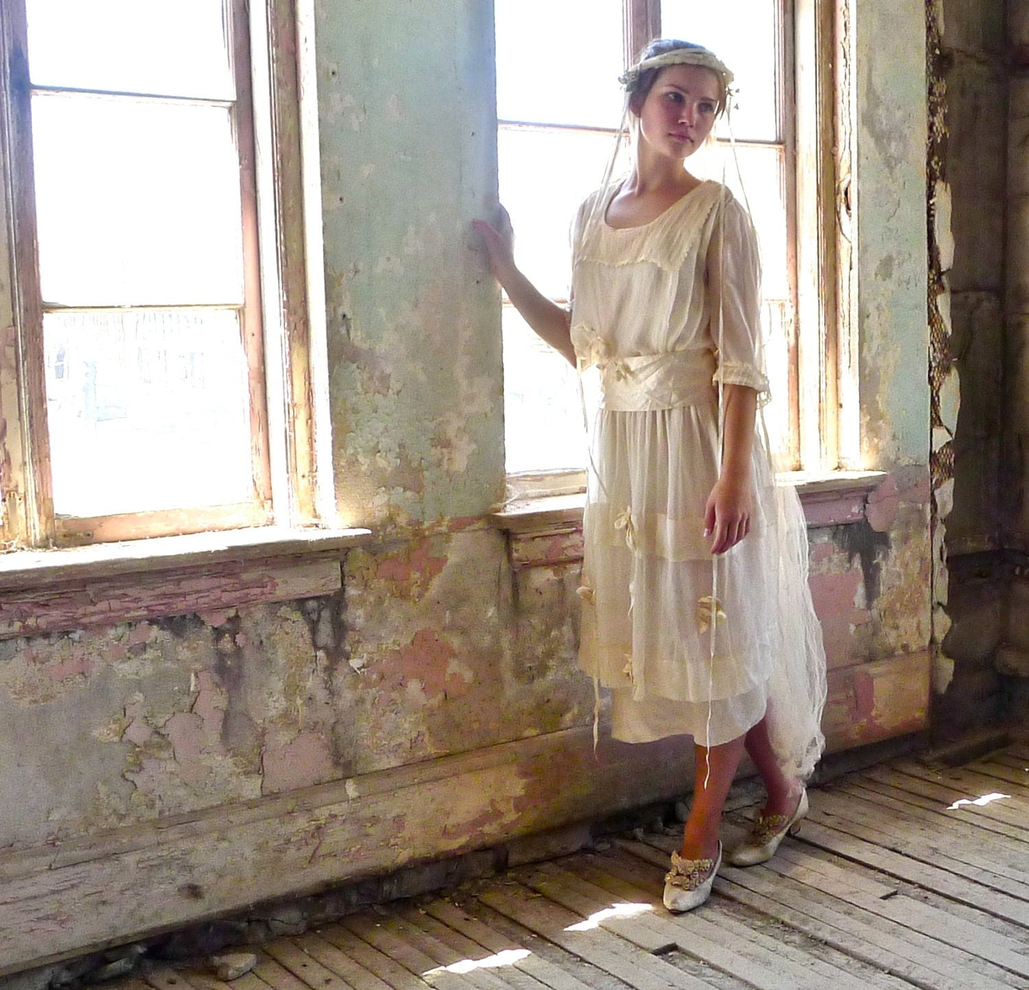 1920s chiffon wedding dress with dimensional roses xs. Black Bedroom Furniture Sets. Home Design Ideas
