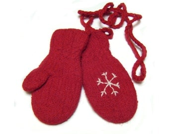 Felted wool mittens kids age 6 string red boy girl hand knit M