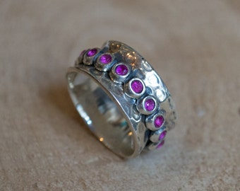Ruby spinner ring, Silver wedding band, mothers ring, spinner ring, anxiety ring, boho ring, hipster ring, gypsy ring - Cocktail party R2074
