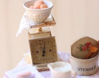 Dollhouse Miniature - Vintage Kitchen Scale in White