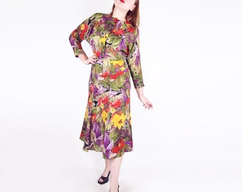 80s Tropical Flowers Print Rayon Batwing Sleeve Top and Trumpet Hem Skirt S M