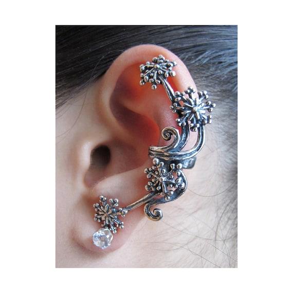 Star Ear Cuff Silver - Star Earring Star Jewelry - Starburst Ear Cuff - Snowflake Jewelry - Fireworks - Celebrity Style Minimalist Ear Cuff
