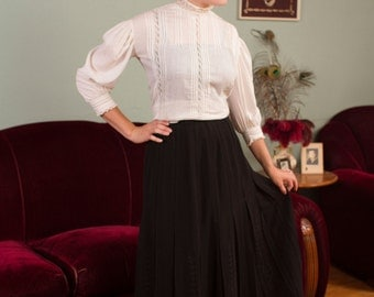 Vintage Edwardian Skirt - Bewitching Black Sheer Net 1900s Pleated S Curve Skirt with Swirling Soutache Appliqué - Ca. 1906
