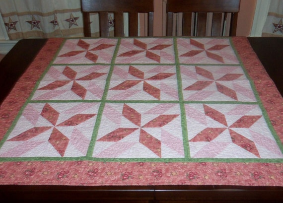 Quilted Lap Quilt, 44x44 inches, Fabric Wall Hanging, Spinning Star, Square Table Topper,  Machine Quilted