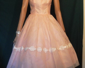 Vintage Pink Chiffon Full Skirt Cotillion Formals Party Dress B34 Spaghetti Straps