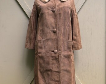 50s/60s vintage Nutmeg Brown Suede Coat with Fur Collar