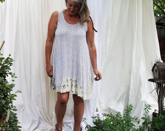 upcycled clothing . L - XL . trapeze dress . wild heart