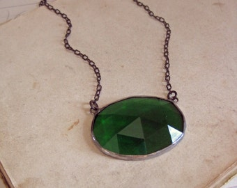 Green Stained Glass Faceted Necklace Oval Bib Jewelry