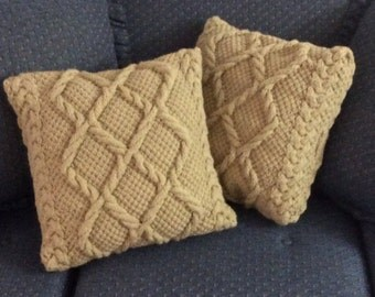 Lace Chunky Cable Pillow-cover, fits 16x16