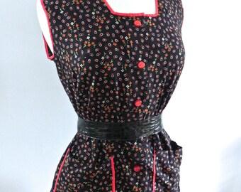 Vintage 1940s Top / 40s 50s Black and Red Novelty Print Vintage Shirt  M L - on sale