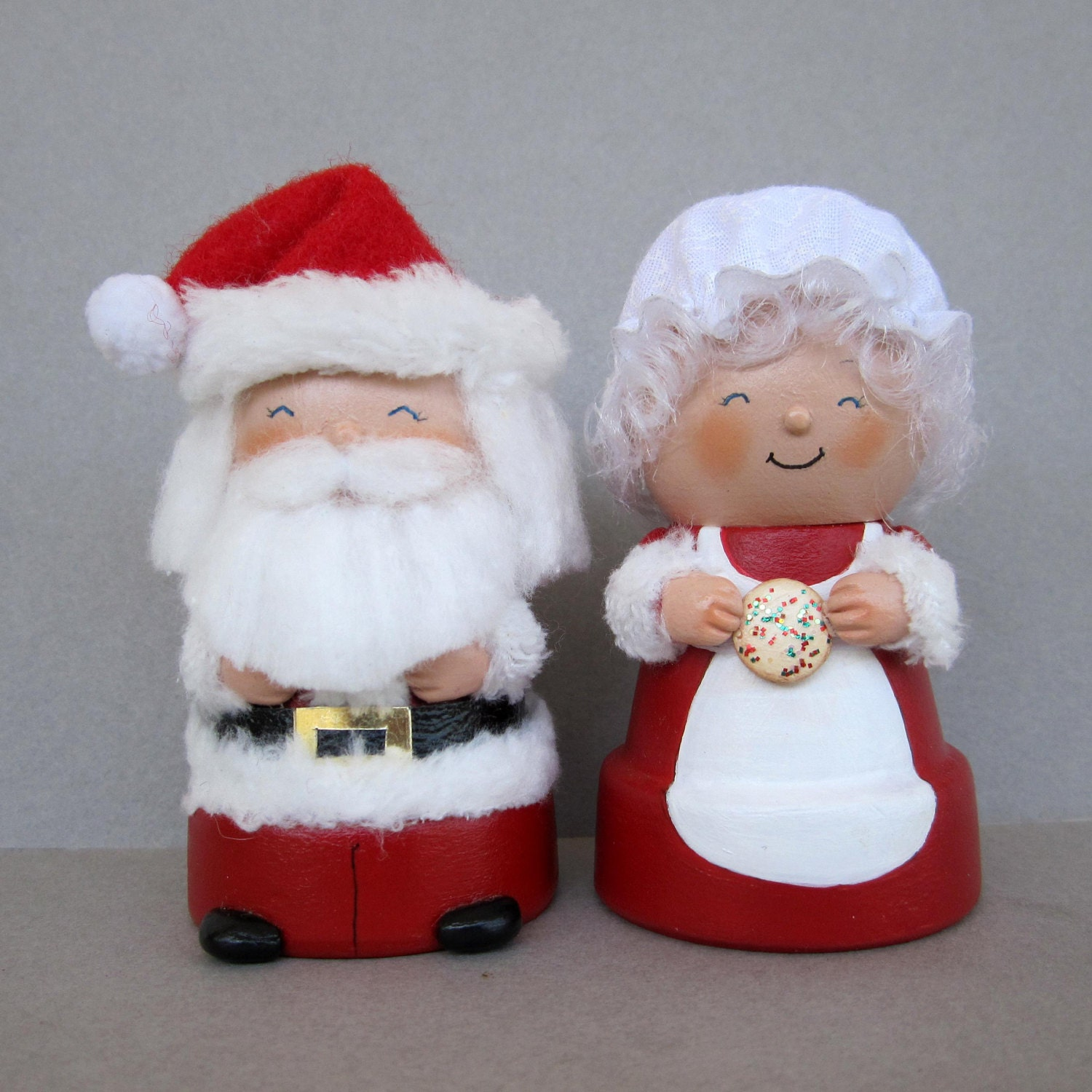 Santa and mrs claus flowerpot bell ornaments by