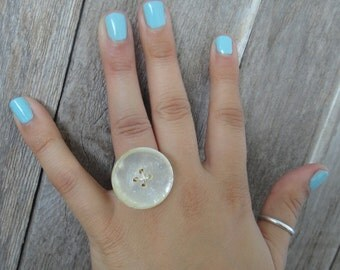 Ivory Button Ring (R3)