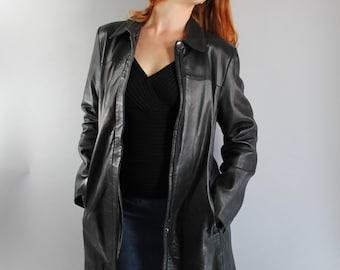 Vintage 90s Womens Kenneth Cole Sleek Black Leather Jacket