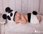 Newborn Panda Bear Photo Prop/ Crochet Panda Bear Hat/ Black and White Bear/ Baby Bear Prop/ Baby Boy Prop/ Baby Girl Prop/ Bear Costume