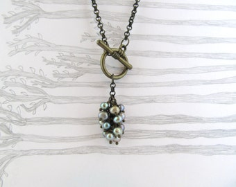 Cluster Necklace, Droplet Necklace, Long Necklace, chain necklace, pendant necklace, pearl necklace, delicate necklace, freshwater pearls