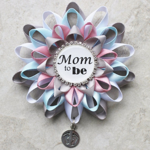 mommy to be pin aunt to be pin mommy to be corsage grandma