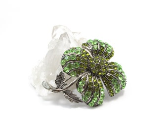 Four Pedal Flower in Antique Silver with Green Swarovski Crystals