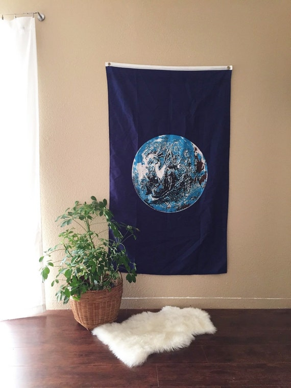 Vintage earth wall hanging sheet sphere fabric art for Fomic sheet wall hanging