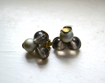 1950s Gray Bead Clip Earrings