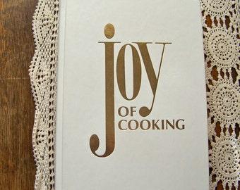 Vintage Joy Of Cooking 1977 Rombauer Joy Cookbook White Cookbook Joy Of Cooking Classic Cookbook